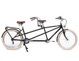 Tandem pour profiter du vélo à deux au lac de Léon