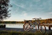Vélo au lac de Léon