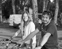 Les propriétaires de la location de vélo à Léon